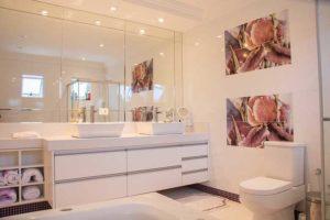 Qual o melhor impermeabilizante para piso de banheiro?